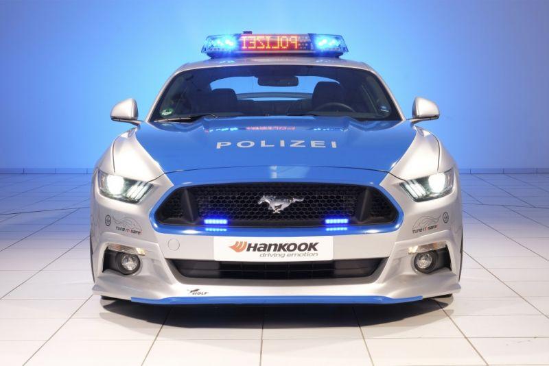 Pojok Artikel - Mobil Super Ford Mustang Untuk Polisi